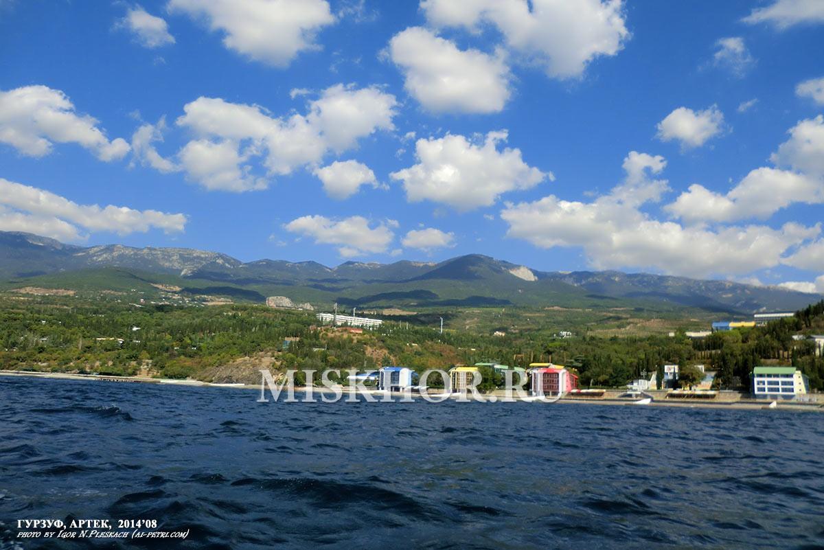 Территория и пляжи Артека