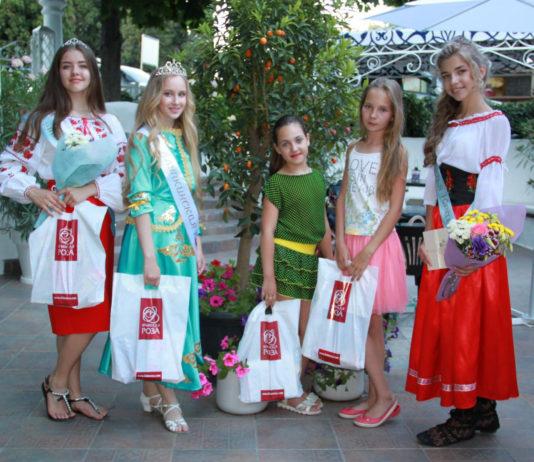 Финал конкурса Алупкинская краса прошел в Алупке в День России